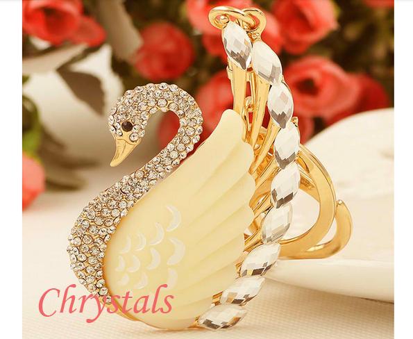 лебед с кристали